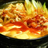 すぐ出来る1人前から本格派!キムチヤンニョムが美味しいモランボンPREMIUM鍋でキムチチゲ。
