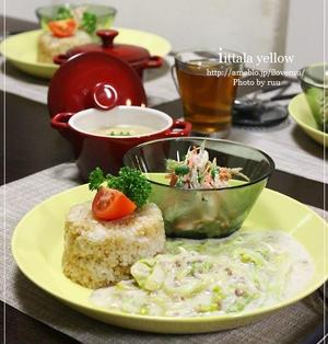 フライパンひとつ。10分でメイン。~白菜と挽き肉のクリーム煮かけご飯~