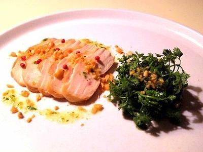 >鶏胸のソテーとセルフィーユのサラダ by 小宮太郎さん
