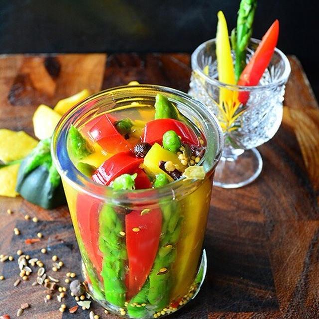 夏色爽快    夏野菜ピクルス  #金魚の肴  #tapas