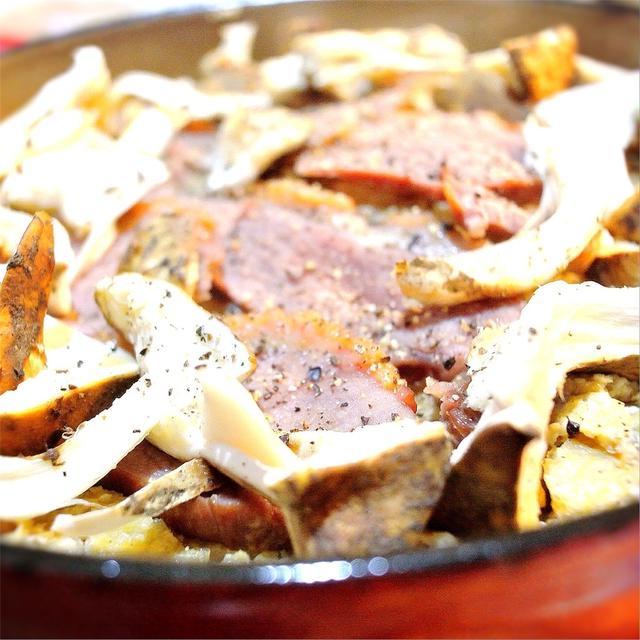 鴨と松茸、油揚げの炊き込み御飯