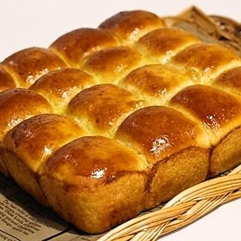 全粒粉のチーズちぎりパン