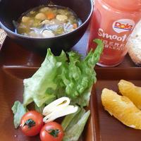 【モニター】朝ごはん 押し大豆のスープ Doleスムージーと共に