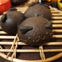 3匹の黒ねこパン *ハッピーハロウィン*