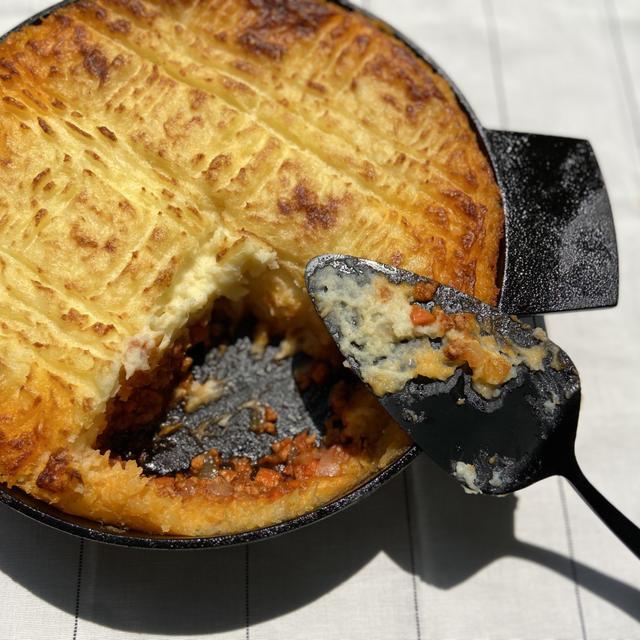 オーブン料理レシピ。簡単で本格的なコテージパイ(イギリス料理)の作り方