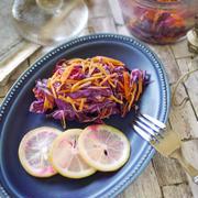 お手軽価格でお洒落で優秀 キッチンアイテム|フォトジェニック サラダ|【紫キャベツと人参のレモン浅漬け】