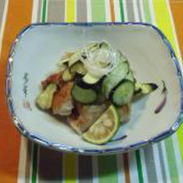 お野菜とお肉のハーモニーが素敵です!!鶏のざく