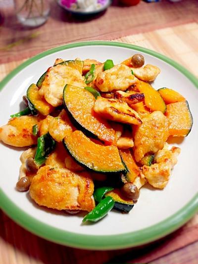 鶏胸肉とかぼちゃの塩麹炒め