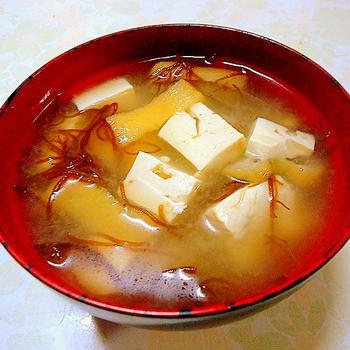 """"""" 豆腐ともずくの味噌汁 """""""