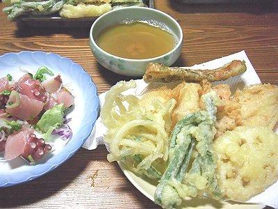 ちょっと食べすぎた天ぷら。なので弁当は・・