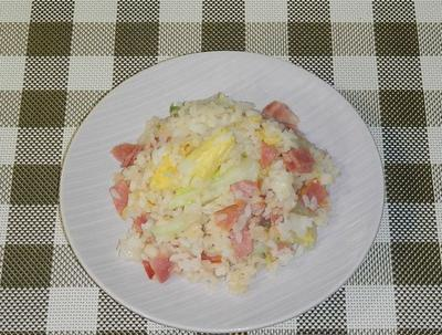 白菜とショルダーベーコンの焼飯(ヤキメシ)