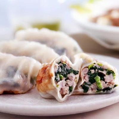 菠菜鮮肉煎餃│ホウレンソウと豚肉の焼き餃子