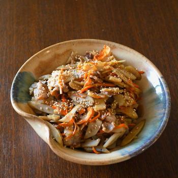 便秘解消に!根菜きんぴらとレンジでヘルシーあっさり茄子の麺つゆ煮浸し
