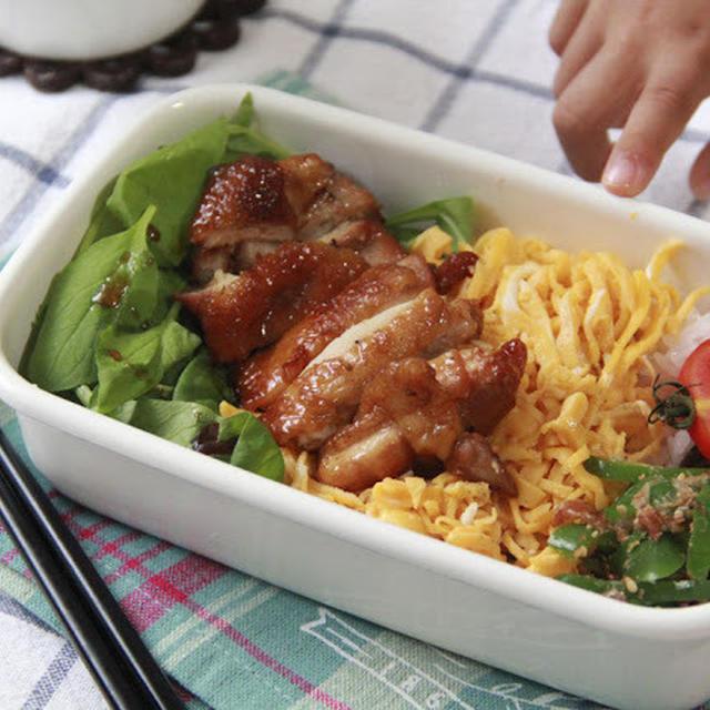 スペアリブの煮汁 de 鶏照り丼弁当