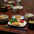 5種の具で炊き込みごはん と ぶりの照り焼き。
