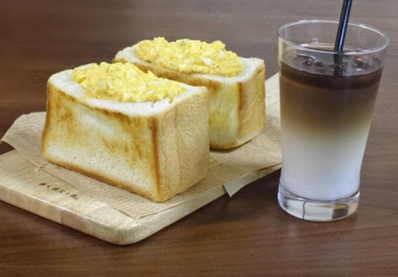 サクふわボリューム満点♪「厚切りトースト」レシピ