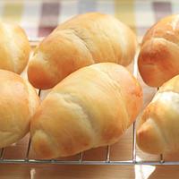 手作りパン「バターロール」