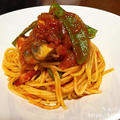 【コストコ活用レシピ】ベーコンとマッシュルームのトマトパスタ