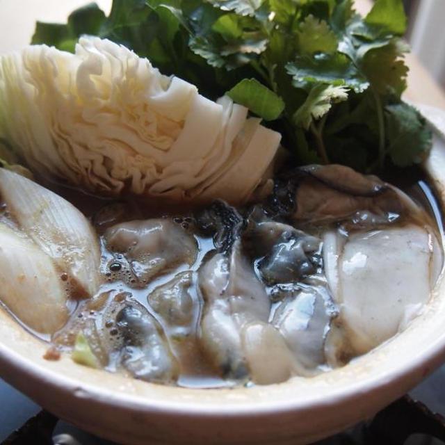 \一人暮らし鍋 vol.1/牡蠣とクレソンのカレー鍋