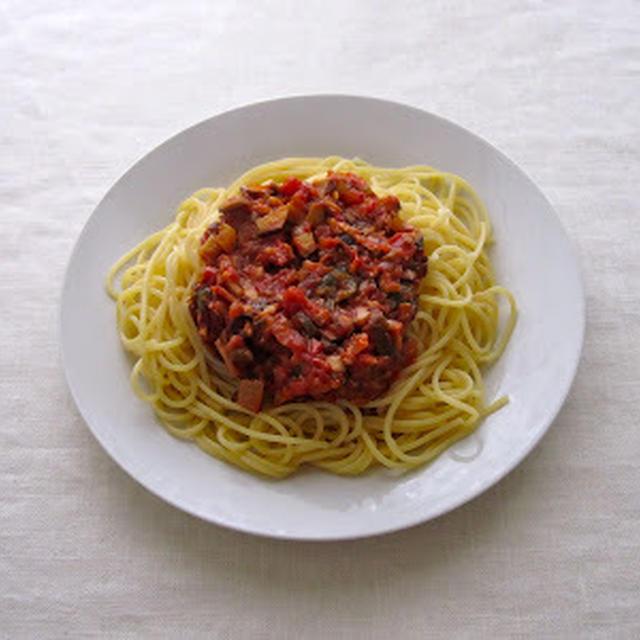 椎茸トマトのパスタ