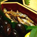 はちみつの優しい甘さの田作り 2011年度のおせち料理 Tazukuri(gomame) is one of osechi dishes(special dishes for New Year's Holidays) of Japanese cuisine -Movie Recipe No.3-