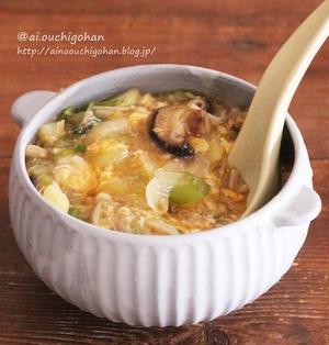 10分でらくらく!めんつゆで失敗なし*白菜とたっぷりきのこのとろみたまごスープ