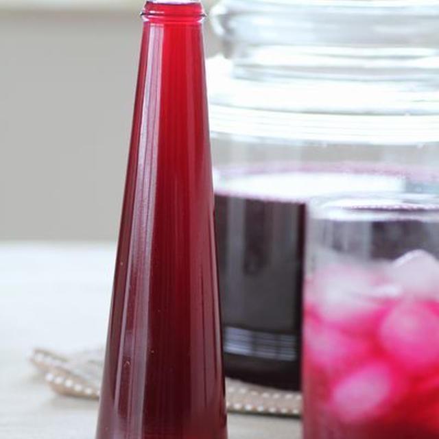 赤紫蘇はちみつりんご酢ジュース