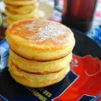 ふんわりミニホットケーキ♪メイプルシロップ&バター