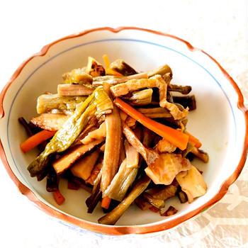 ずいき(芋がら)の炒め煮