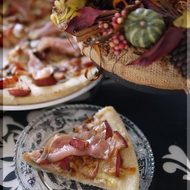 シナモン香る 林檎と胡桃、ゴルゴンゾーラの全粒粉ピザ