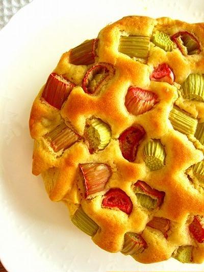 ルバーブとりんごのケーキ