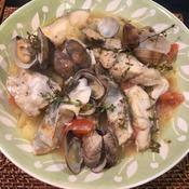 鱈とアサリとジャガイモの蒸し煮