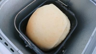 早焼きでもふわふわな卵入り食パン