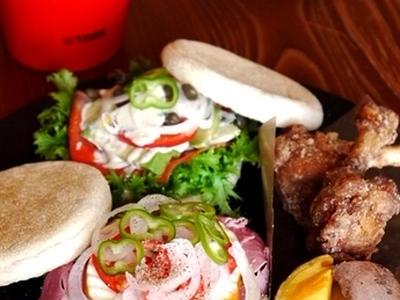 >◆マフィンサンドと蚕豆スープ弁当。 by そーにゃさん