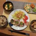 豚竹焼&鶏ごぼう飯~タケノコづくしの晩ご飯と ご近所さんの藤の花♪