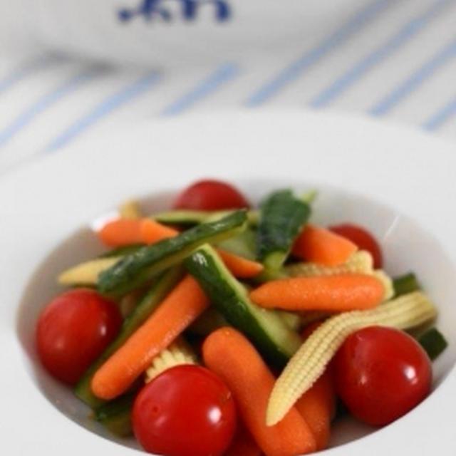 レンジで作る彩り野菜のピクルス