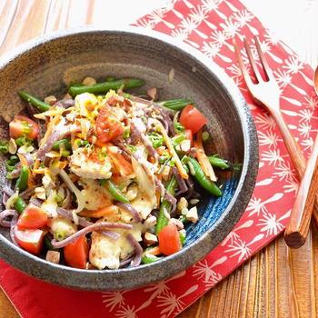 6/10 ダイエットごはん。【豆腐と野菜のパッタイ。】