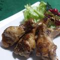 おせちにもいかがですか?<塩麹で一晩漬け込んだスパイスたっぷりな鶏手羽元肉の照り焼き>