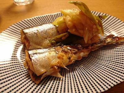 秋刀魚と葱の生姜味噌煮