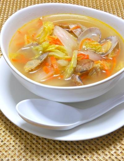白菜使い切り〜の簡単メニュー!たっぷり白菜とアサリの具沢山スープ。
