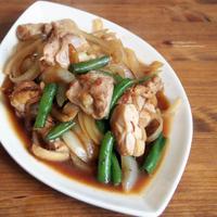 鶏と玉ねぎの炒め物。