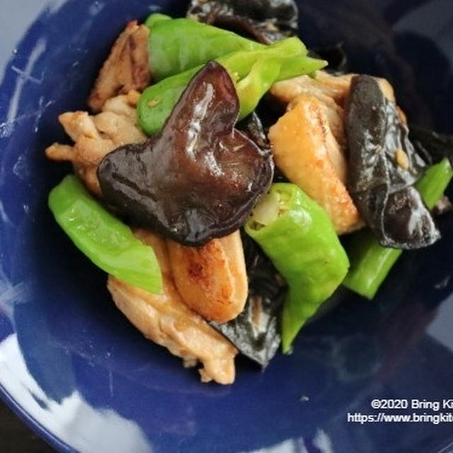 やみつき食感♪【レシピ】鶏と生きくらげの生姜炒め