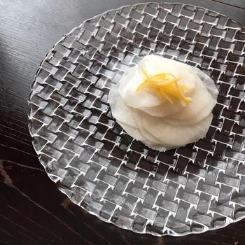 冬は柚子。夏はレモンで爽やかに「レモンだいこん」。