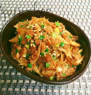 ご飯が進む秋の常備菜♡ピリ辛!ネギ味噌ツナきのこ