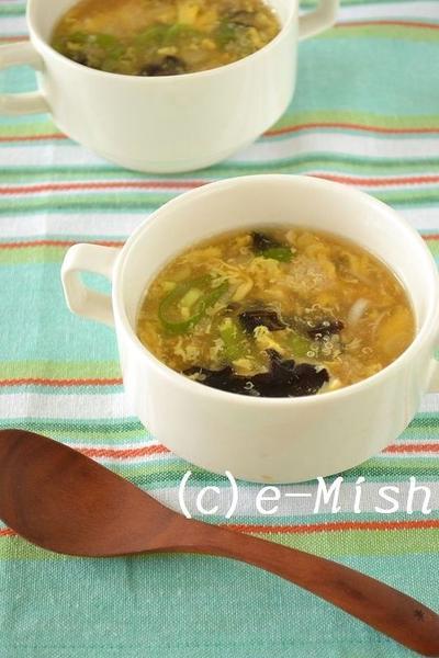 木耳とたまごの中華風キヌアスープ