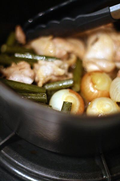 ペコロスとチキンの甘酢炒め煮