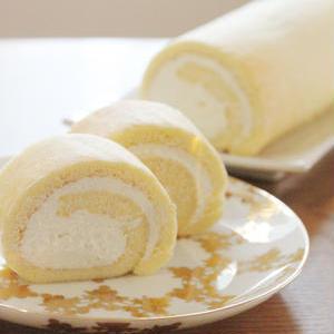 米粉でもっちり♪作ってみたいおすすめ「ロールケーキ」レシピ