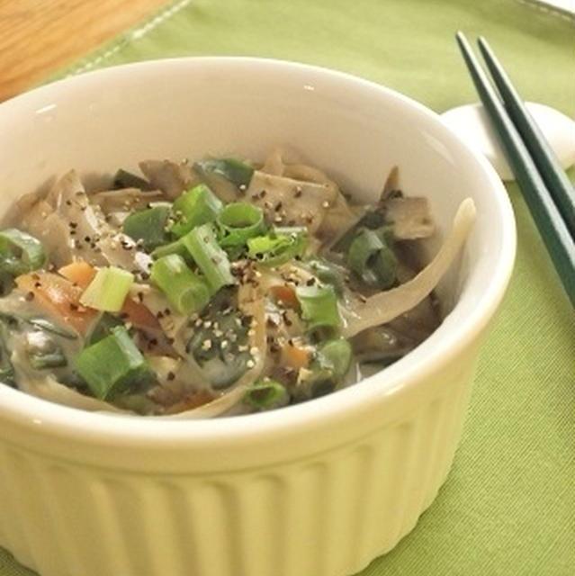 たっぷりごぼうとネギの中華風クリーム煮