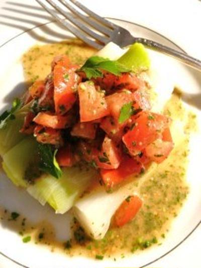 レシピ さっぱり長ネギのサラダ トマト・ビネグレット