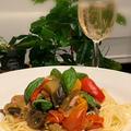 夏野菜消費でラタトゥイユを添えてパスタ~ハンキングが涼し気です!!